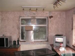 Kitchen minus 20 year old tiles