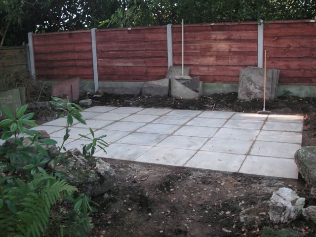 How to build a shed base with paving slabs 18x18